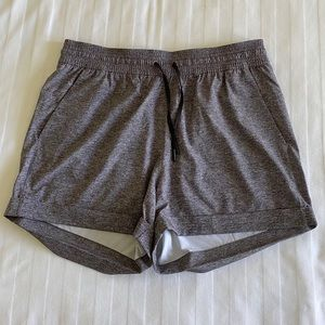 Lululemon Spring Break Away Shorts Gray 10